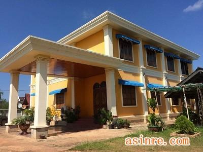 ID: 112 老挝万象15公里别墅出售